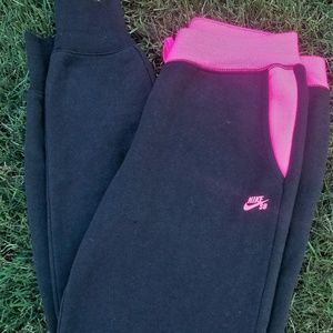 Pink & Black Nike SB Skateboarding Sweatpants